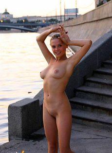 Очаровательные феи демонстрирую интимные прелести - фото #