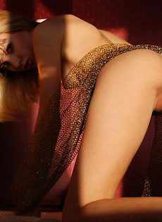 Блондинка Оксана жаждет дикого секса - фото #