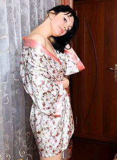 Черноглазая красавица - фото #