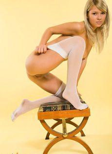 Сексуальная московская студентка - фото #