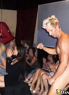 Вечеринка в ночном клубе - фото #