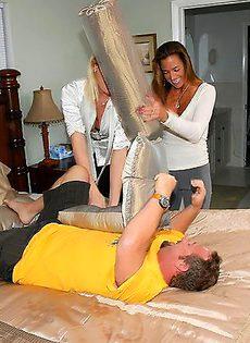 Секс на троих - фото #