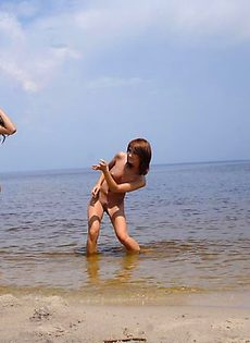 Две русалки - фото #