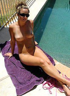 Вероника отдыхает на коттеджи и купается в бассейне - фото #