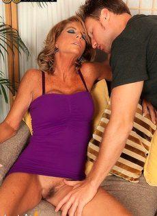 Зрелая женщина ещё может дать жару - фото #