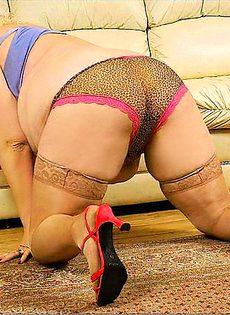 Негр трахает толстую женщину - фото #