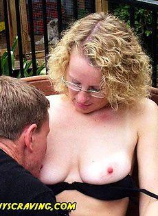 Уборщик отлизал киску у хозяйки - фото #