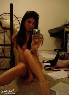 Любительские фотографии девушек ню - фото #