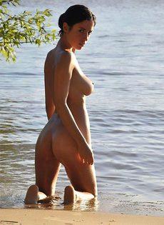На речке летом - фото #
