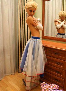 Блондинка с прозрачными трусиками - фото #