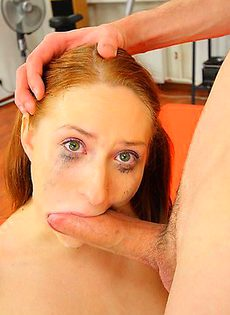 девушка заплакала во время миньета - фото #