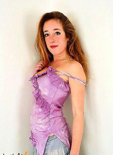 Девушка 30 лет с волосатой рыжой киской - фото #