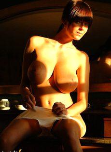 Ангелина дома - фото #