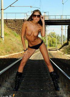 Железнодорожный роман - фото #