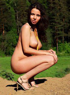 Красотка Евгения с огромной грудью - фото #
