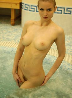 Маша в сауне - фото #