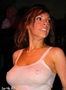 Девушки которые любят показать себя голенькими - фото #