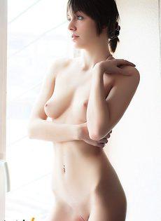 Брюнетка Лада - фото #