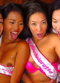 Привлекательные тайские девушки трахнулись с европейцем - фото #14
