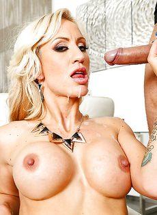 Горячий вагинальный трах и сперма на лице красавицы - фото #