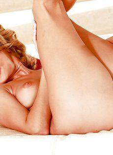 Эротическая фото сессия для мужского журнала от Zoe McDonald - фото #14