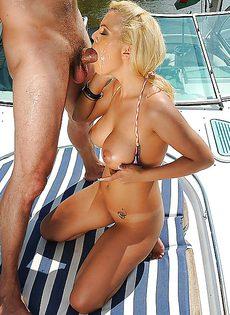 Откровенное анальное порно с шикарной блондинкой - фото #