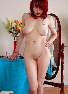 Рыженькая женщина хочет найти себе любовника - фото #16