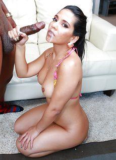 Анальный секс с привлекательной латиной Rose Monroe - фото #15