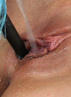 Милашка Katy Rose смогла довести себя до струйного оргазма - фото #10