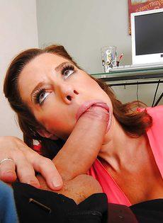 Женщина сделала минет и получила большой стояк во влагалище - фото #3