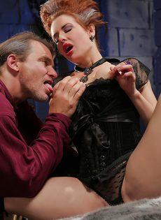 Классный секс с грудастой зрелой женщиной после шикарного отсоса - фото #3