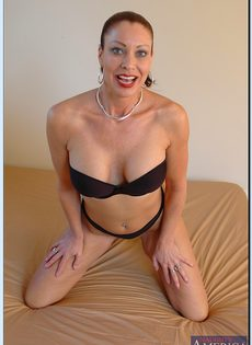 Старушка Vanessa Videl хочет любви и ласки - фото #7