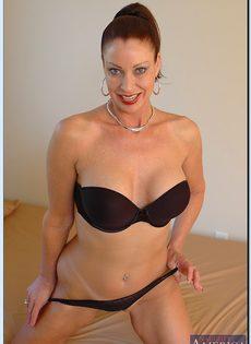 Старушка Vanessa Videl хочет любви и ласки - фото #8