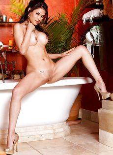 Соблазнительная обнаженная девушка Vanessa Veracruz - фото #7