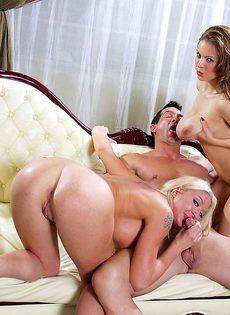 Голливудское секс шоу с начинающими порнозвездами - фото #1