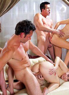 Голливудское секс шоу с начинающими порнозвездами - фото #13