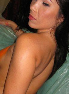 Классическая любительская ебля с молодой азиатской девушкой - фото #10