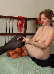 Частное эротическое фото с женщиной средних лет - фото #11