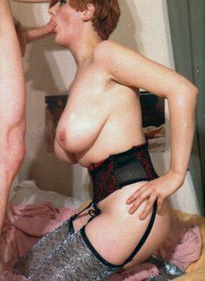 Трах в волосатую пизду развратницы с большими грудями - фото #2