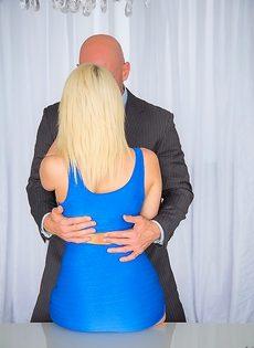 Секс после бизнес встречи - фото #2