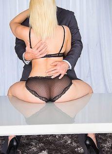 Секс после бизнес встречи - фото #6