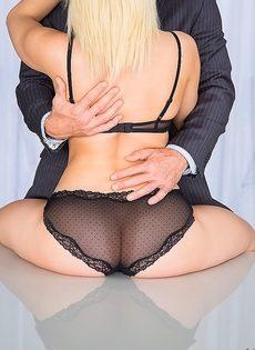Секс после бизнес встречи - фото #7