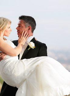 Новобрачные занялись сексом, не дождавшись брачной ночи - фото #3
