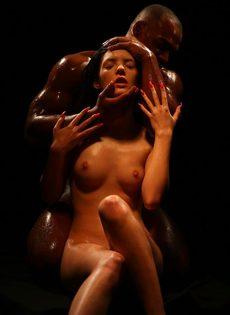 Красивое вагинальное совокупление влюбленных после орального секса - фото #3