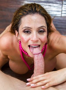 Горячий оральный секс грудастой преподавательницы и заочника - фото #15