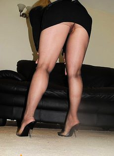 Блондинка 40ка лет с хорошей растяжкой - фото #