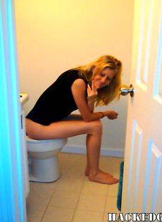 Девушка любит по мастурбировать - фото #