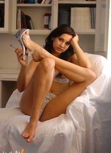 Аленочка в красивом белье - фото #