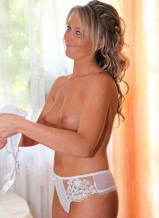 Голая невеста - фото #