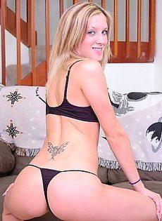 Маша  устроила эротический фото сет прямо дома - фото #